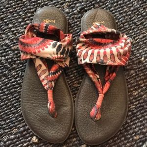 Beachy Fabric Sandals
